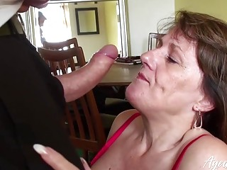 AgedLovE huge-chested brit Mature liking xxx