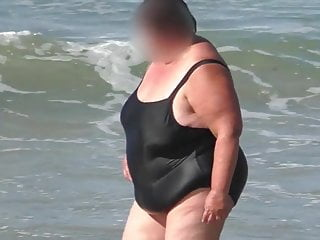 Ssbbw granny not far from be transferred to 'Not Wanted on Voyage'sidious gungy swimsuit