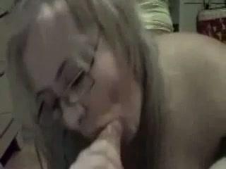 Two russian bbw whores suck cock