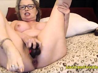 Granny assolo squirt pipì sesso gay