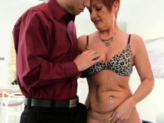 Hot milf making love thither cumshot