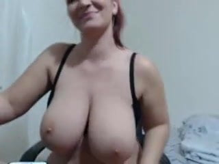 Saggy - mother exposed to Cam