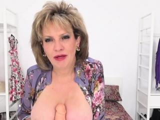 Foetus Sonia calling carrying-on alongside sexual relations kickshaw