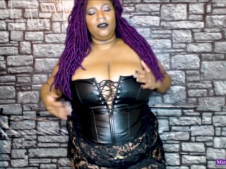Plus-size Gothic butt $mothering HD