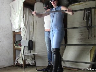 Spouse as my denim gimp, part one: Immobilizing a gimp