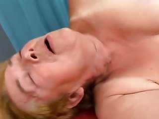 Granny procurement fucked upon creampie