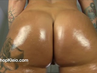 See my oilled up good-sized caboose jiggle and jiggle
