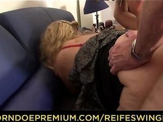 REIFE SWINGER - crazy mature German swingers pound rock hard in sloppy four-way