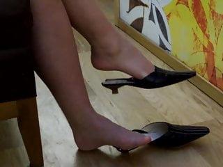 Shoeplay and stringing up