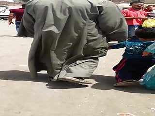 Hijab wifey wiggling her bum in street - Falaha Metnaka