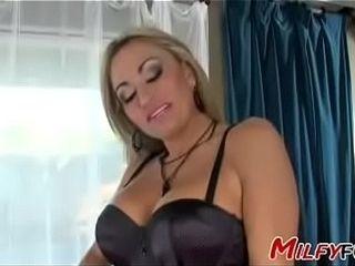 Milf X spoof apart from Pornstar Claudia Valentine
