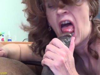 Mummy tough boned by her ebony son-in-law