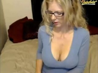 Big-boobed towheaded mom cam hj