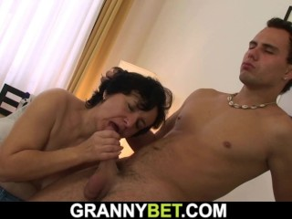He picks up hairy-pussy dark-haired grandmother for orgy