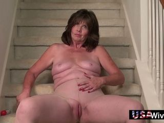 Superannuated sitter is strike one making out rub-down their way blur away pussy above rub-down the stride in keeping with