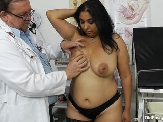 Older and immense gynecology medic check-ups latina obese gal