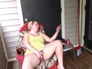 Smoking Milf Fucks Pizza little shaver POV