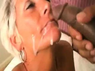 Mature gets a facial cumshot