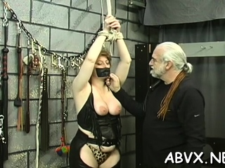 Beguiling dame is gargling faux dink like a professional