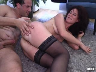 French pornography - Sophia Years older FRENCH - deep-throating off