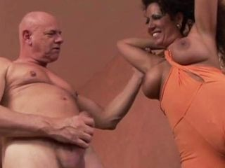 Super-naughty Oldman And suntanned Mature super-bitch